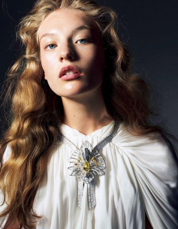 Агнес Акерлунд в Vogue Japan
