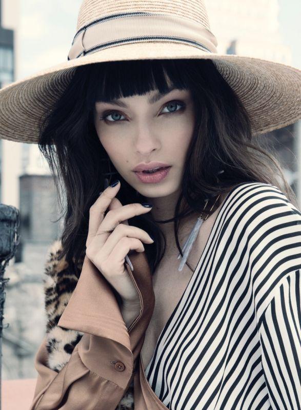 Лума Грот в Harper's Bazaar