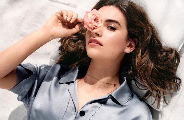 Лили Джеймс в рекламе аромата «My Burberry Blush»